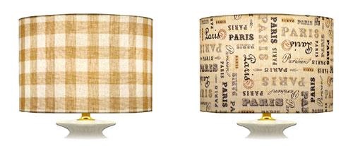 Direction et sens des tissus imprimés carreaux et écritures en droit fil pour des abat-jour en formes cylindriques.